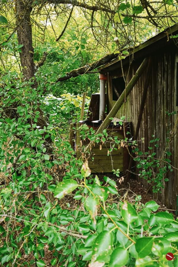 Man muss mit allem rechnen, sogar mit dem Schönen! Und dazu gehört auch diese wunderbar zerfallene Hütte und das, was wir daraus gemacht haben. | Arthurs Tochter – Der Blog für Food, Wine, Travel & Love #inspiration #lifestyle #outdoor #garten #hütte #holzhütte_bauen #veränderungen #weinberg #selbstversorger