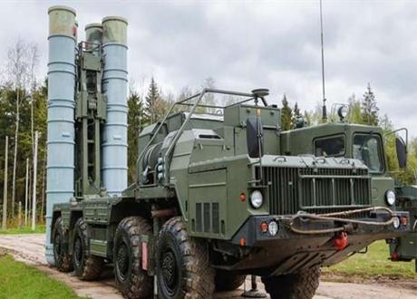 Arab Saudi Setuju untuk Membeli Sistem Pertahanan Udara S-400 Rusia