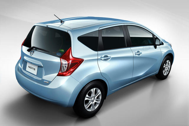 Best Car Models Amp All About Cars 2013 Nissan Versa Hatchback