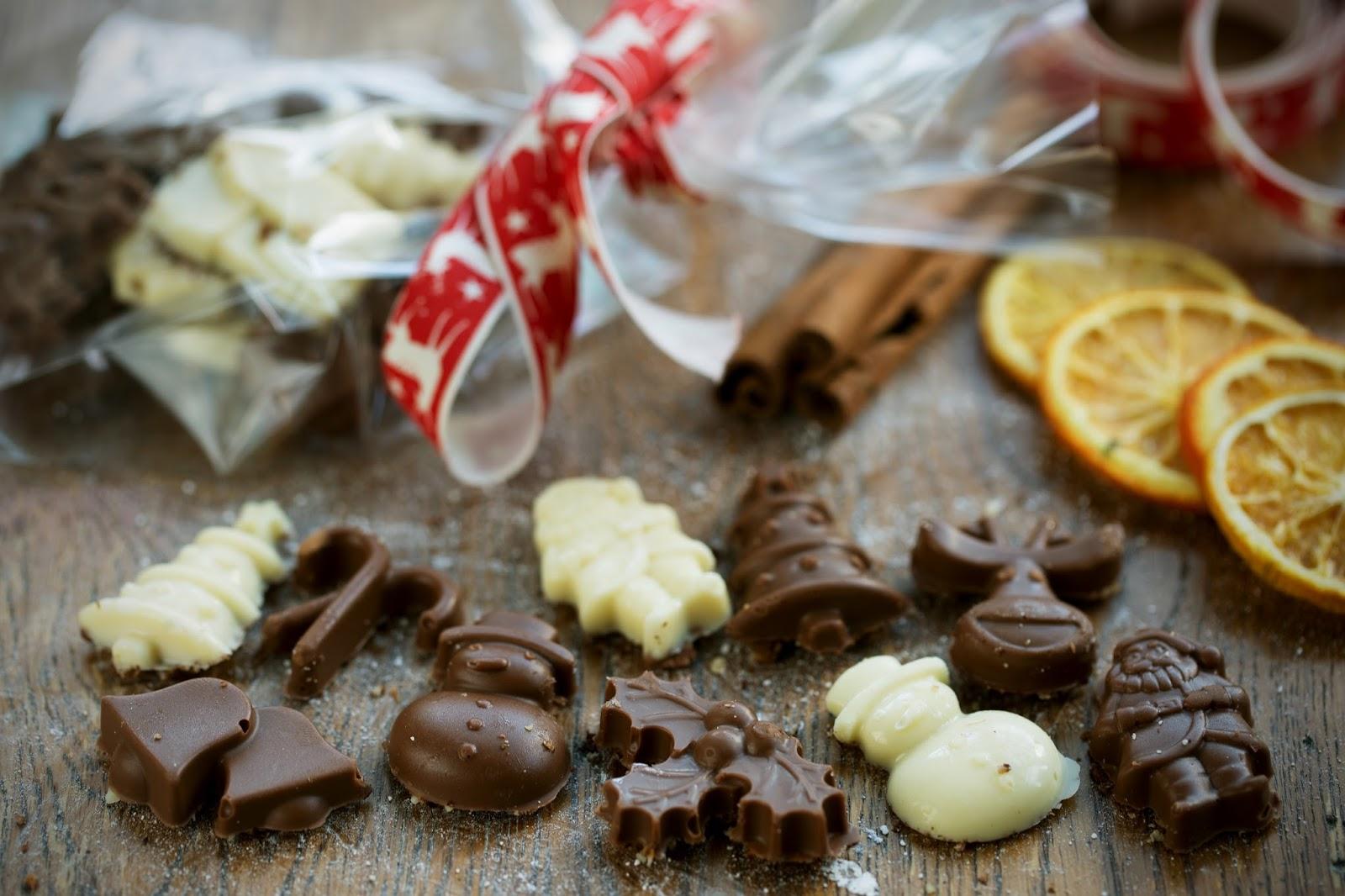 Christmas Chocolate Granola Gifts Ideas: Homemade