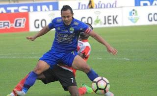 Gomez Izinkan Atep, Airlangga, dan Zola Hengkang dari Persib Bandung