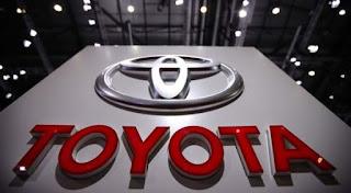 Operator Produksi PT Toyota Astra Motor