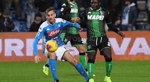 نابولي يحقق الفوز الاول له في الدوري الايطالي على ساسولو بعد 8 مباريات بدون فوز