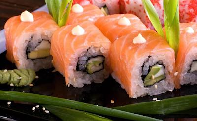 Можно ли заразиться коронавирусом через суши и роллы?
