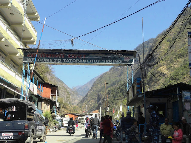 Tatopani Border
