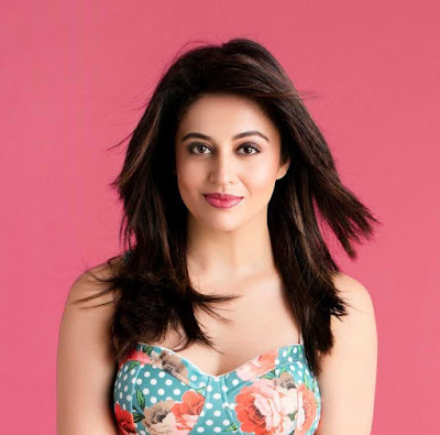 Neha Pendse Wiki, Height, Weight, Age, Husband, Family and Biography