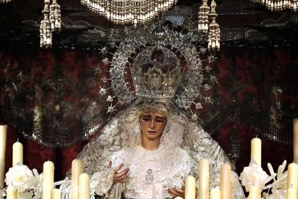 Virgen de la Paz en su Paso de Palio