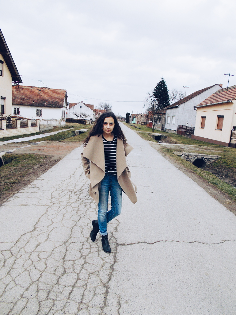 fashion with valentina blog,fashipn blogger valentina batrac,teeen fashion bloggers,croatian fashion bloggers,hrvatske fashion blogerice,camel coat outfit ideas,how to wear camel coat,camel coat and striped T-Shirt outfit