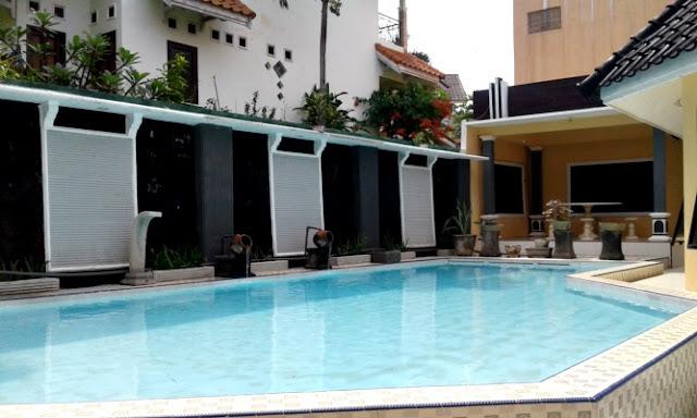 villa rose batu fasilitas kolam renang