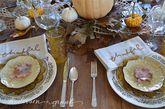 Check out this post for tips on creating a beautiful and special Thanksgiving tablescape this fall! | www.andersonandgrant.com