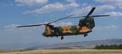 «Διπρόσωπες» οι ΗΠΑ: Υπογράφουν εμπάργκο όπλων & μετά παραδίδουν CH-47 Chinook στη Τουρκία για αποβάσεις στα νησιά!