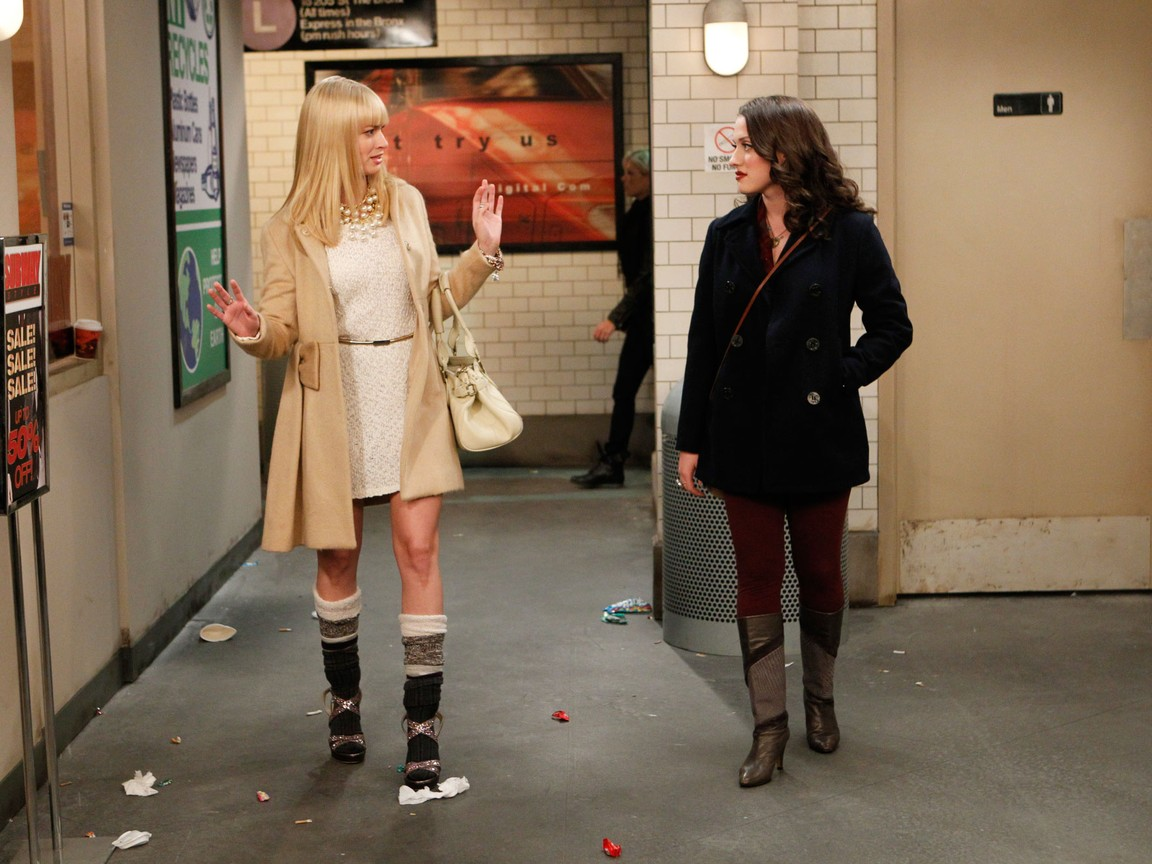 2 Broke Girls - Season 2 Episode 05: And the Pre-Approved Credit Card