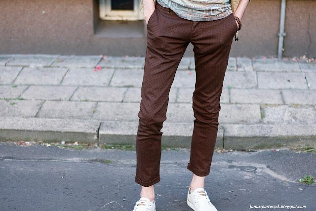 wzorzyste męskie spodnie