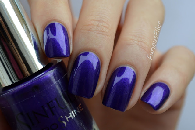 sinful pro show off purple shimmer nailbox