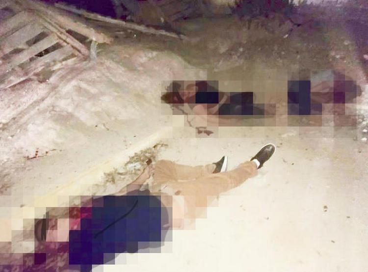 Sicarios acribillan a cuatro jóvenes que se encontraban en la calle en Torreón, uno muere al momento.
