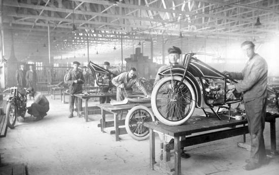 BMW R32 factory