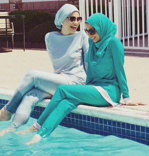 Baju Renang Wanita Berhijab