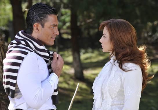 742821188b56f  AmanhãÉParaSempre  Franco beija Fernanda e confessa que a ama - Confira o  resumo da semana