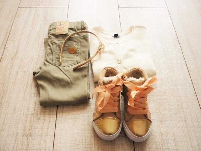 Look mode enfant Kiabi - petite fille - kaki et doré