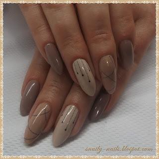 http://snaily-nails.blogspot.com/2017/02/nienudny-nude.html