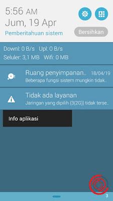 Pertama untuk menghilangkan notifikasi Tidak Ada Layanan di kartu Tri ini silakan kalian klik dan tahan pada tulisan klik tidak ada layanan, lalu pilih Info Aplikasi