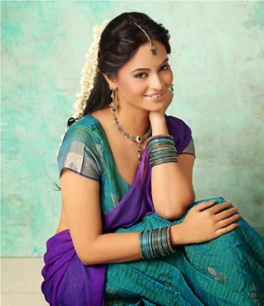 Suja Varunee Malayalam hot actress