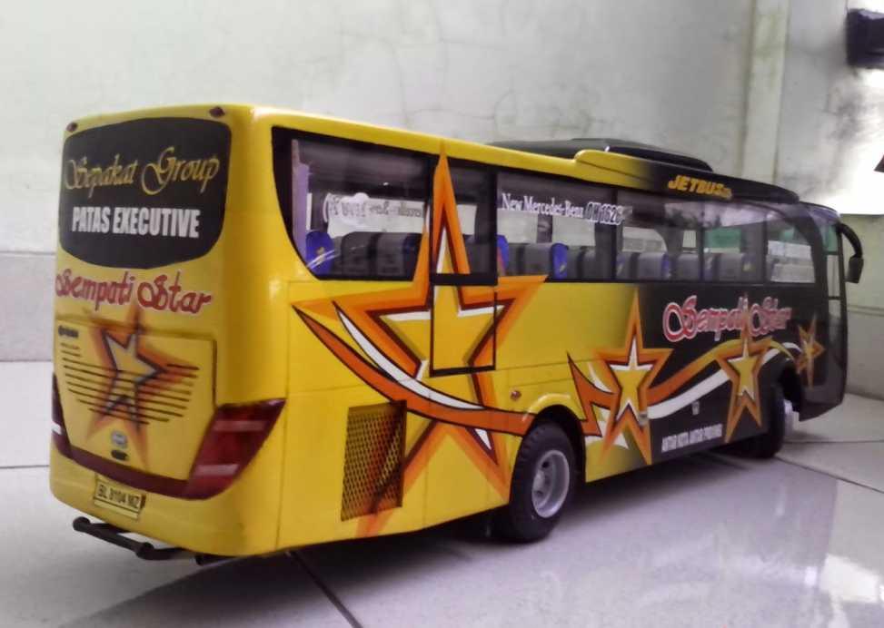 bus-miniatur