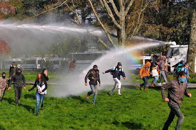 zad nantes water cannon rainbow