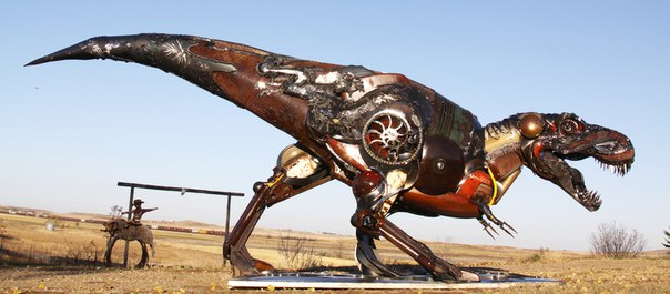 Animals steampunk in scrap metal recycling 006