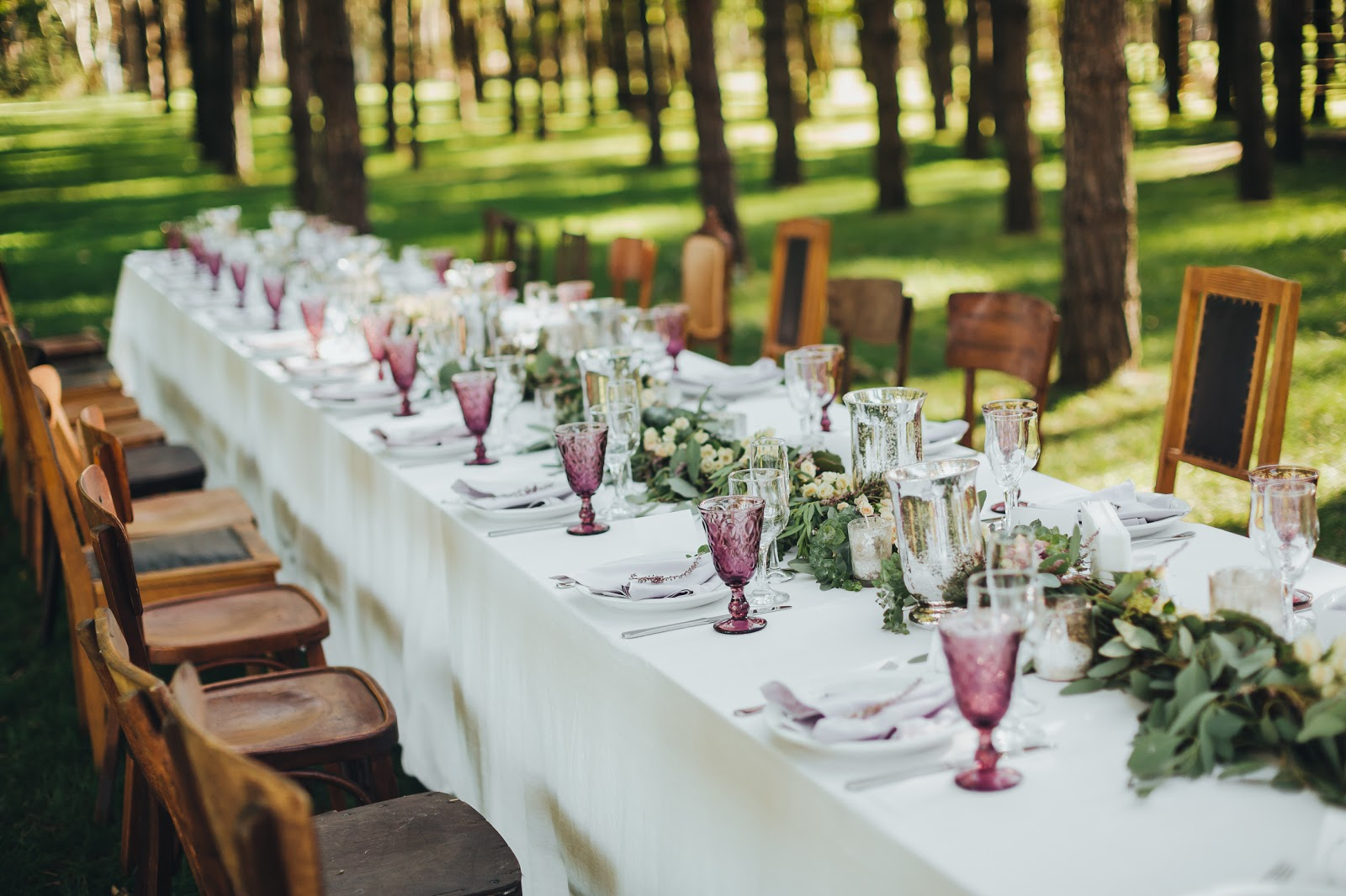 20 ideas para decorar la mesa de tu boda con estilo - Ideas para decoracion rustica ...