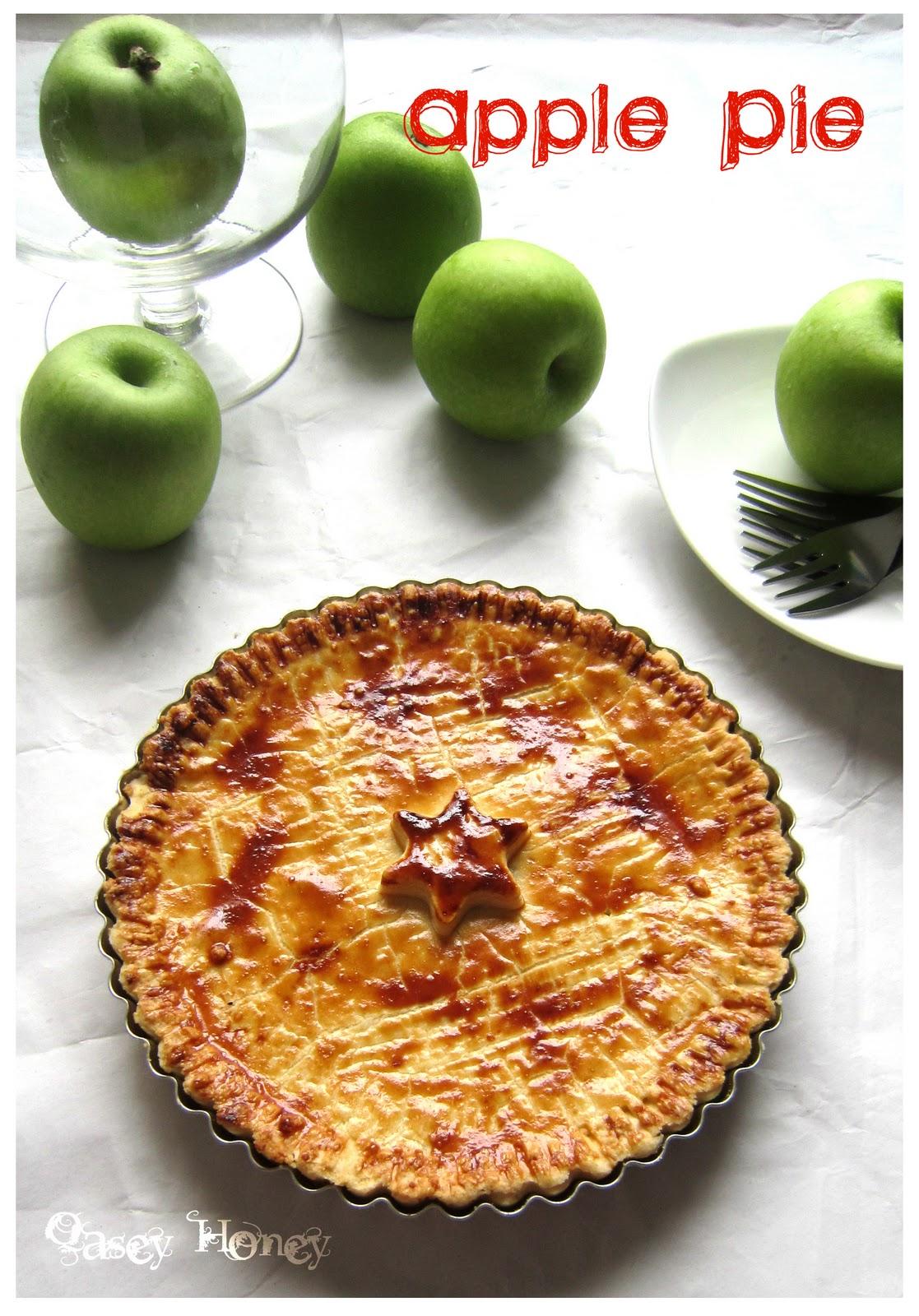Apple Pie Qasey Honey