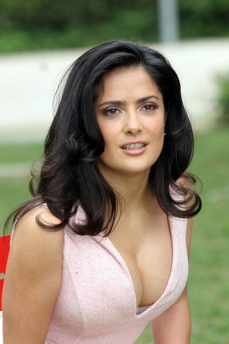 Mexican Hot Actress Salma Hayek Hot Photos