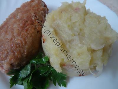 Frykadelki z kapustą z ziemniakami