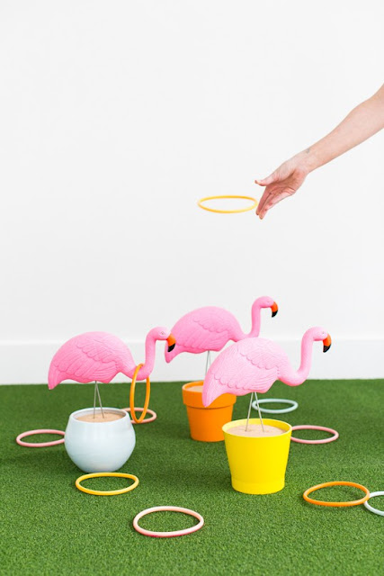 outdoor games, backyard flamingo ring toss