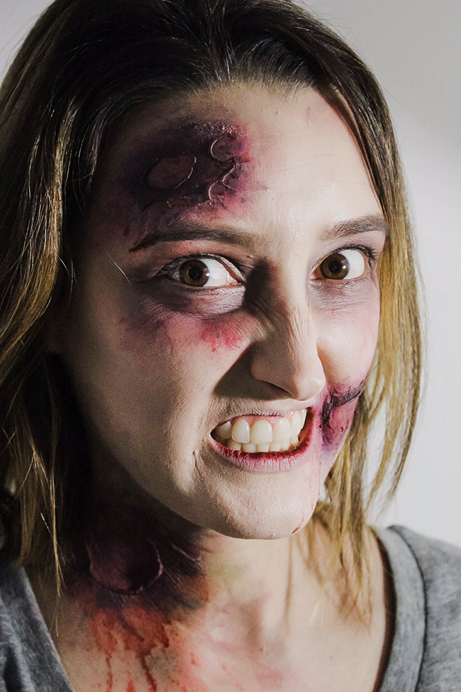 Halloween How-To: Zombie Makeup