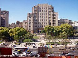 Construirán un estacionamiento subterráneo en la Plaza Houssay