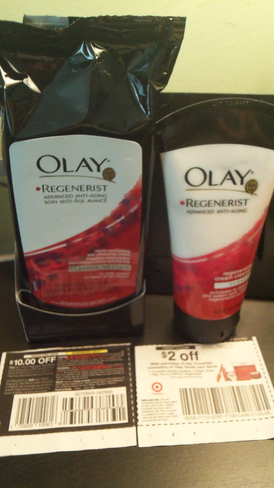 2 FREE Olay Regenerist Cream Cleanser or Wet Cleansing Cloths at