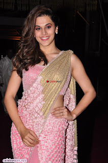 Taapsee Pannu in pink saree Stunning Beauty
