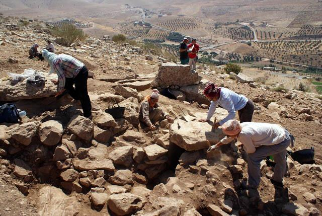 Spanish Archaeological Mission strives to excavate Jordan's treasures