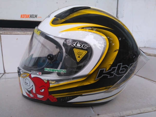 Review Helm KBC V Zero