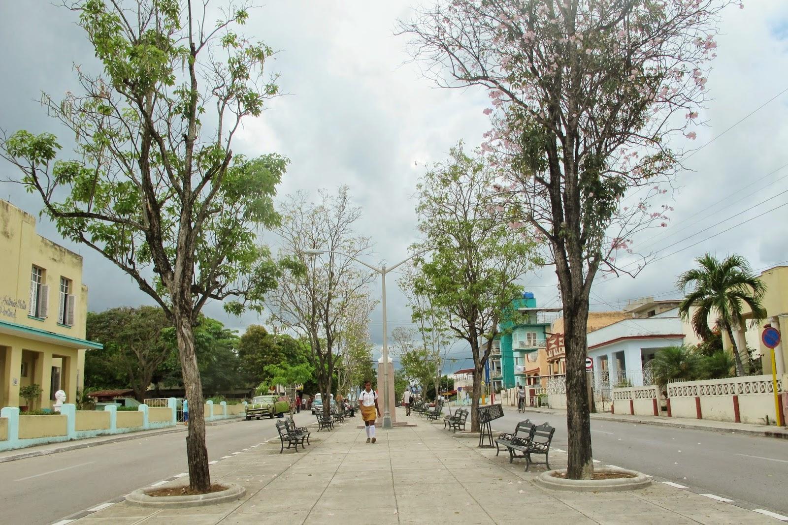 Pelas ruas de Sanctu Spiritus, na região central de Cuba