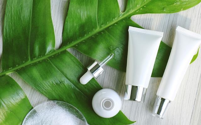 Daftar Brand Kosmetik Organik Yang Lagi Viral