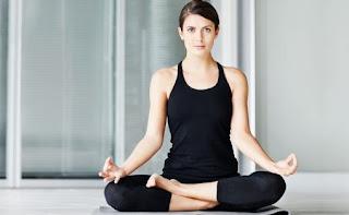 Perubahan Yoga Dalam Kehidupan Modern, dari Ritual India Kuno Sampai Latihan di Udara