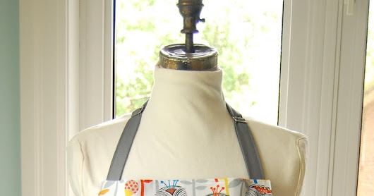 Really pretty reversible aprons