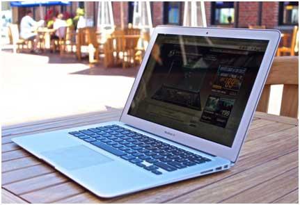 Macbook Air : Laptop Tepat Untuk Kepraktisan