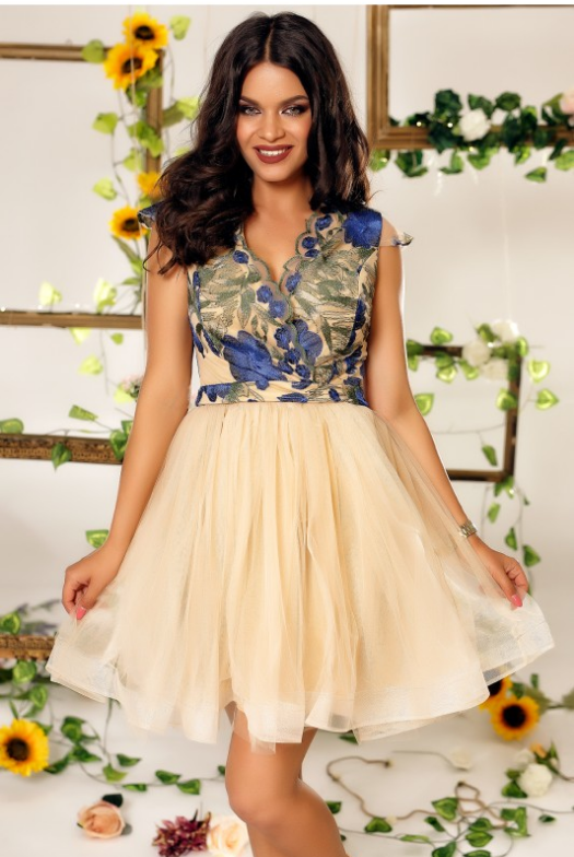 rochie eleganta de ocazie in stil printesa