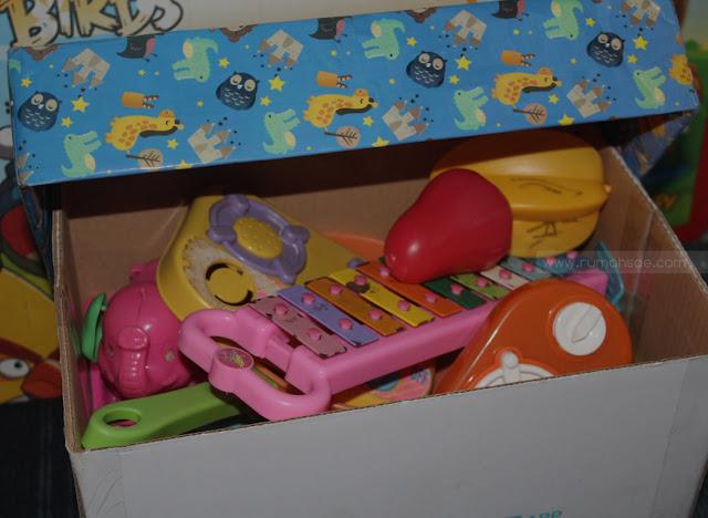 Tempat Penyimpanan Mainan Anak dari Kardus