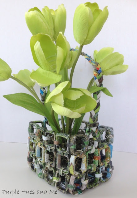 Cute basket made from magazines