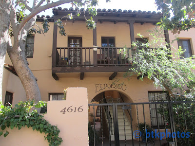 In Reality Melrose Place Is A Little Enclave Off Avenue With High End Boutiques Father Of The Bride 1991 It Was Used As Frank S Front