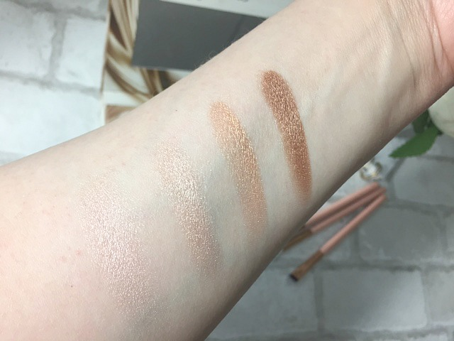 Flawless natural basics highlighters